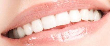 O clareamento dos dentes é uma das técnicas mais procuradas e muitas vezes é o...